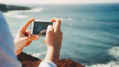 Smartphone v létě